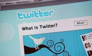 L'Union des étudiants juifs de France (UEJF) a annoncé qu'elle s'en remettait désormais à la justice française pour contraindre Twitter à faire disparaître des tweets antisémites, après un entretien décevant jeudi avec des responsables du réseau social.