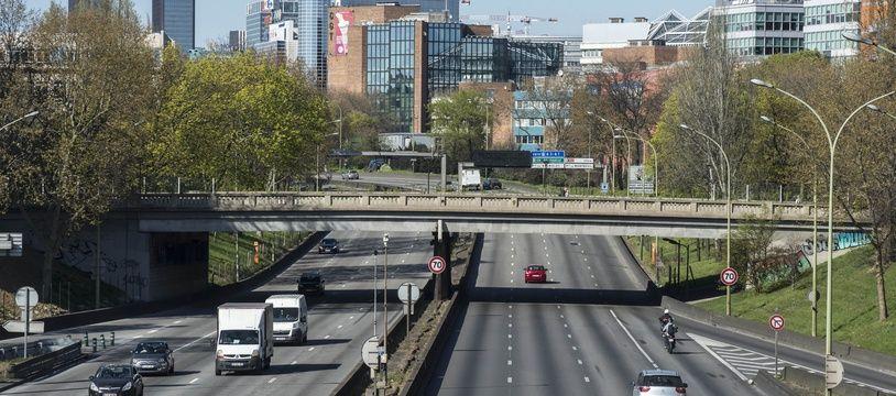 L'accident a impliqué deux véhicules sur le périphérique parisien (illustration).
