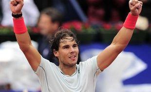 L'Espagnol Rafael Nadal, 5e au classement ATP, a remporté le tournoi sur terre battue de Barcelone en battant dimanche en finale son compatriote Nicolas Almagro, 12e mondial, en deux sets 6-4, 6-3