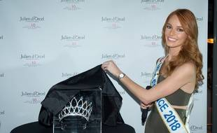 Paris le 5 novembre 2018. Maeva Coucke, Miss France 2018 devoile et presente la couronne de la future Miss France 2019.