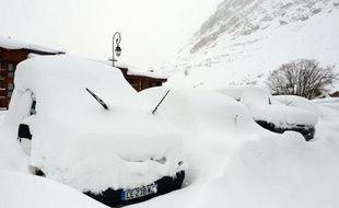 """Météo France a levé samedi matin la vigilance orange dans les Alpes du Nord et les Hautes-Alpes, où le risque de départs d'avalanches déclenchées de façon spontanée est désormais """"limité""""."""
