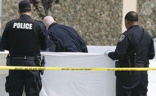 """Une fusillade a fait """"plusieurs victimes"""" samedi soir dans un immeuble d'habitation à Auburn, Alabama (sud des Etats-Unis), ont rapporté dimanche les médias locaux."""