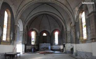 L'intérieur de l'église de Fontvergnes, à Decazeville, dans l'Aveyron.