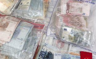 Illustration de saisies pour trafic de drogue.