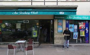 Le bar du Jockey Club à Sevran
