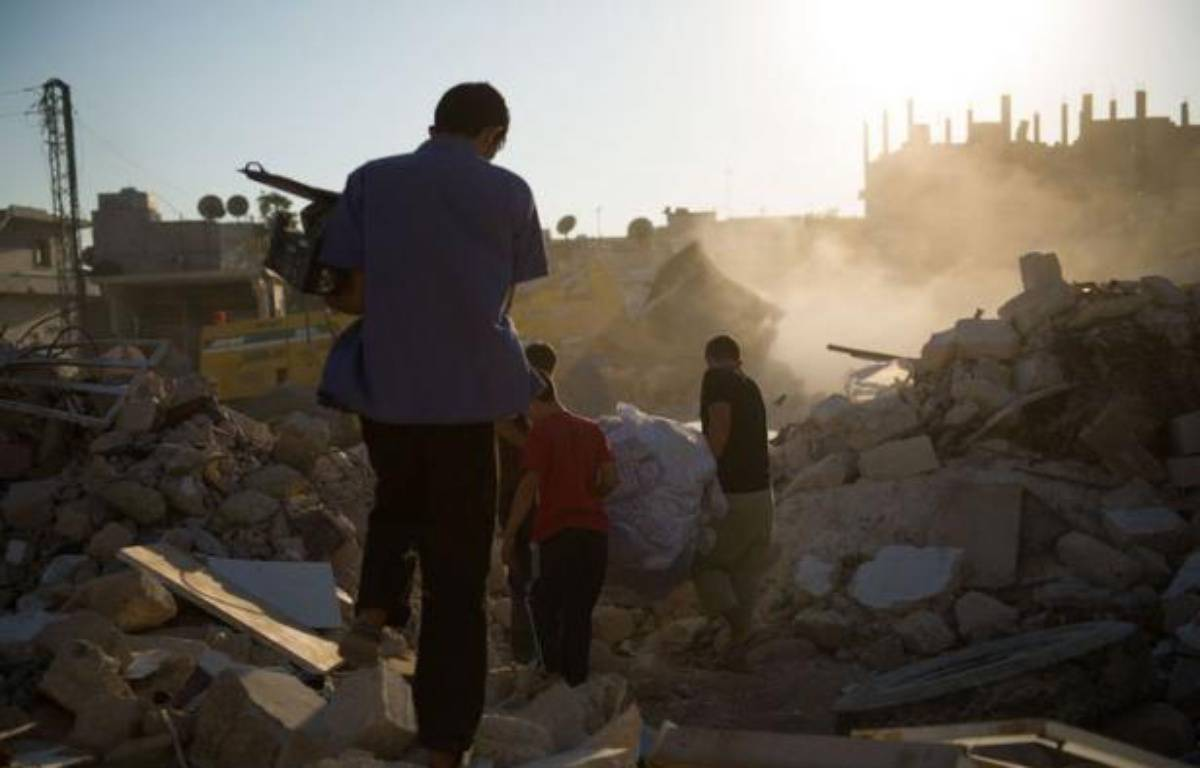 Les Etats-Unis ont évoqué lundi une possible intervention militaire en Syrie en cas de déplacement ou d'utilisation d'armes chimiques alors que les combats entre rebelles et forces du régime ne connaissaient aucun répit, notamment à Alep, où une journaliste japonaise a été tuée. – Phil Moore afp.com