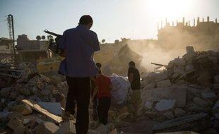 Les Etats-Unis ont évoqué lundi une possible intervention militaire en Syrie en cas de déplacement ou d'utilisation d'armes chimiques alors que les combats entre rebelles et forces du régime ne connaissaient aucun répit, notamment à Alep, où une journaliste japonaise a été tuée.