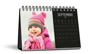 Les calendriers se partageront la vedette avec les livres photo au pied du sapin à Noël.