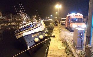 Le bateau de pêche qui a déversé 500 l de fuel.