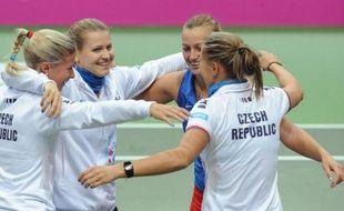 La République Tchèque, tenante du titre, s'est qualifiée pour la finale de la Fed Cup, aux dépens de l'Italie qu'ele a battue 4 à 1 en demi-finale du Groupe mondial, à l'issue de la seconde journée dimanche à Ostrava (République Tchèque).