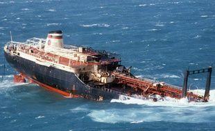 """Le """"Tanio"""" a sombré le 7 mars 1980 au large des côtes Nord du Finistère."""