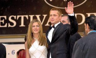 Les acteurs Jennifer Aniston et Brad Pitt du temps de leur mariage en 2004