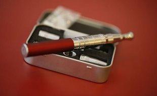 Face aux résultats décevants de la lutte anti-tabac, la ministre de la Santé a décidé vendredi de relancer la guerre contre la cigarette et déclaré la chasse à la cigarette électronique, avec son interdiction programmée dans les lieux publics.