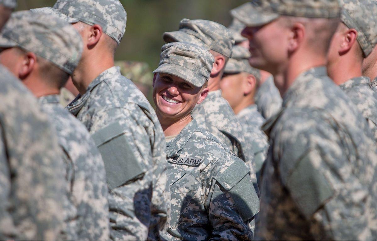 Illustration: depuis 2016, les Rangers de l'armée américaine acceptent les femmes. – B.CAMP/AP/SIPA