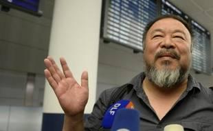 L'artiste dissident chinois Ai Weiwei, à son arrivée le 30 juillet 2015 à Munich (sud de l'Allemagne)