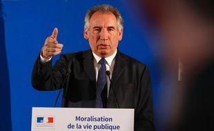 François Bayrou présente son projet de loi sur la moralisation de la vie publique, le 1er juin 2017, à Paris.