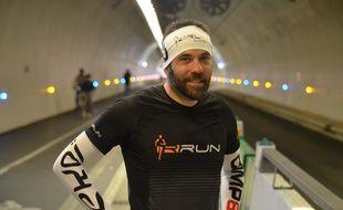 David Briand a notamment préparé son incroyable défi en enchaînant les longues distances dans le tube modes doux de la Croix-Rousse à Lyon.