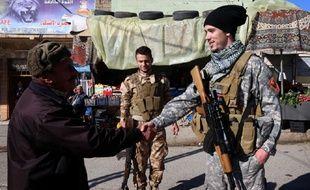 La plupart des futurs combattants civils français qui s'apprêtent à rejoindre le front ont été inspirés par ce vétéran de l'armée américaine, Jonathan Krohn Brett. Ici, le 5 février 2015 en Irak.