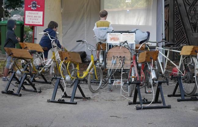A Nancy, l'Atelier Dynamo a monté il y a deux ans son installation de bicyclettes à courant à l'aide de l'association PaviSon à Saint-Dié-des-Vosges.