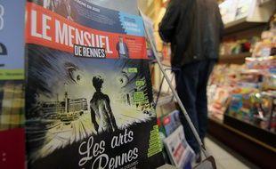 Le Mensuel de Rennes, ici dans un kiosque, a été racheté par le Télégramme.