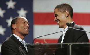 Deval Patrick, ici aux côtés de Barack Obama en 2006, s'est lancé dans la primaire démocrate le 13 novembre 2019.