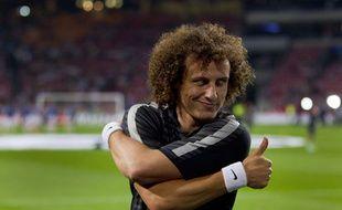 David Luiz à l'échauffement avant la rencontre entre l'Ajax Amsterdam et le PSG le 17 septembre 2014.