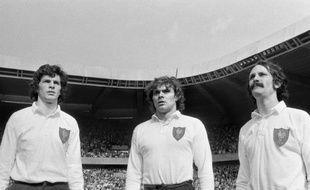 L'ancien arrière de l'équipe de France et de l'AS Béziers Jack Cantoni est décédé dans la nuit de lundi à mardi à l'âge de 65 ans