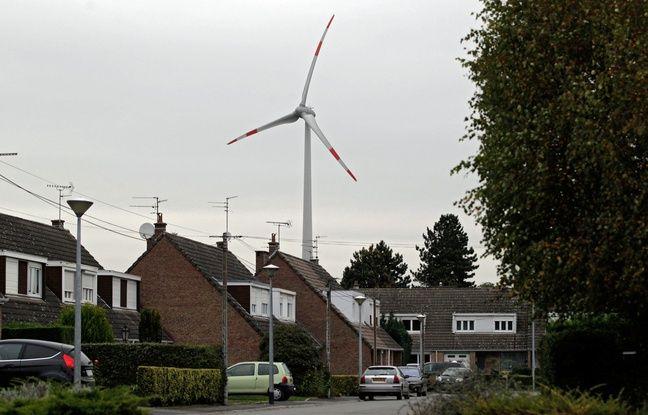 Installées à Menin, en Belgique, les éoliennes sont pourtant très proches des habitations d'Halluin.