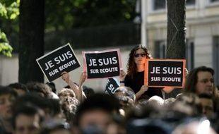 Manifestation dans les rues de Paris contre le projet de loi sur le renseignement, le 13 avril 2015