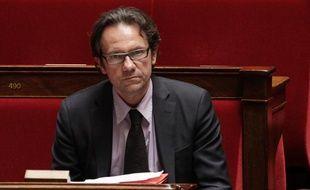 Le secrétaire d'Etat au Commerce et à l'Artisanat, Frédéric Lefebvre, le 12 avril 2011, à l'Assemblée nationale, à Paris.