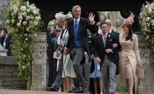 David Matthew (centre) au mariage de son fils James et de Pippa Middleton le 20 mai 2017.