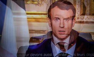 Emmanuel Macron a adopté un ton très martial lundi soir lors de son allocution sur le coronavirus.