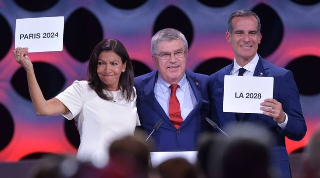 Anne Hidalgo n'a pu retenir ses larmes à l'annonce officielle de la sélection de Paris, comme ville hôte des JO-2024, le 13 septembre à Lima. – FABRICE COFFRINI / AFP