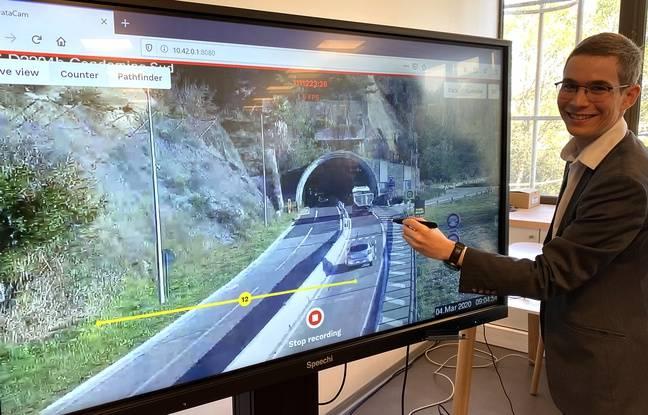 Nicolas Laurent-Brouty, chef de projet mobilité au sein du département des Alpes-Maritimes, présente un service d'analyse de flux routier basé sur la vidéo