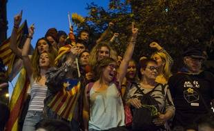 Des milliers de Catalans sont descendus dans la rue pour demander le référendum sur l'indépendance de la région, le 20 septembre 2017 à Barcelone