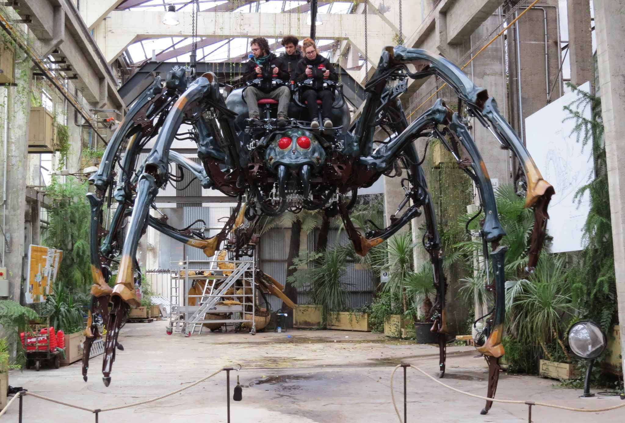 Nantes avec l 39 araign e les machines font un v ritable carton for Maison du monde a nantes
