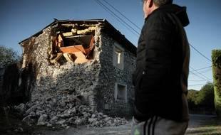 Au Teil après le séisme survenu le 11 novembre 2019.