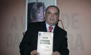 L'ancien policier portugais Gonçalo Amaral présente son ouvrage sur l'enquête sur la disparition de Maddie Mc Cann «La Vérité du mensonge» à Lisbonne, le 24 juillet 2008.