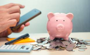 Une kyrielle d'applications mobiles privées et publiques peuvent vous aider à garder le contrôle de vos dépenses.