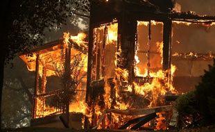 Une maison détruire par un incendie dans la région de la Napa Valley, en Caifornie, le 9 octobre 2017.