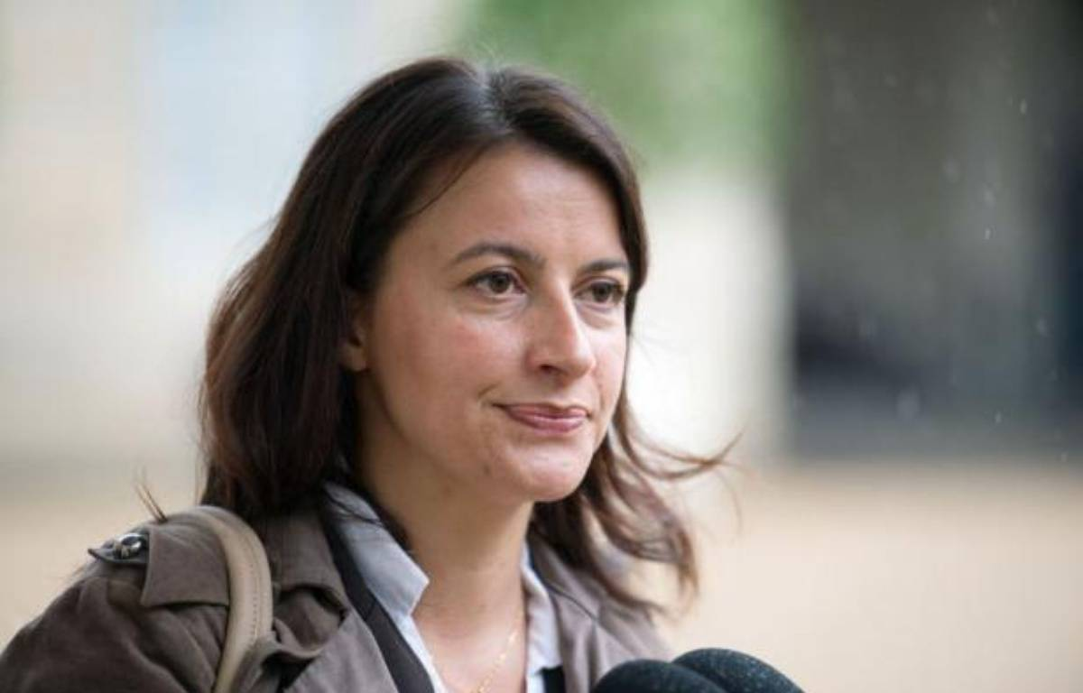 """Cécile Duflot, numéro un d'Europe Ecologie Les Verts (EELV) qui s'est prononcée pour la dépénalisation du cannabis, a affirmé que François Hollande, qui l'a reçue jeudi, respectait """"l'autonomie"""" des formations politiques de la majorité. – Martin Bureau afp.com"""