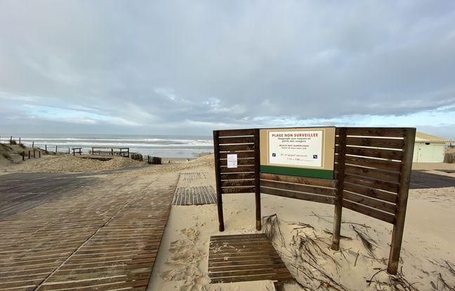 Le 13 novembre 2019 sur la plage du Porge en Gironde, fermée à cause des ballots de cocaïne qui s'échouent.