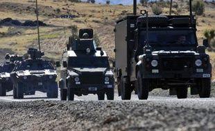 Des avions de l'armée turque ont bombardé des repaires de rebelles kurdes dans le nord de l'Irak, en représailles d'une attaque meurtrière dans le sud-est de la Turquie, a indiqué l'armée dimanche.