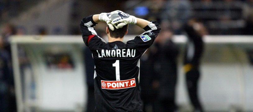 Mickaël Landreau a compris que la finale de la Coupe de la Ligue était perdue pour Nantes ce 17 avril 2004.