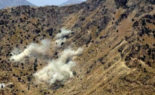 Quatorze talibans ont été tués vendredi dans une attaque ayant débuté par un attentat suicide contre un camp de l'Isaf, la force armée de l'Otan en Afghanistan, dans la province instable de Khost (est), a-t-on appris auprès de l'Otan.
