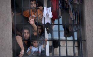 Le nombre de migrants dans le monde a atteint 232 millions en 2013, un record, et les migrations entre pays du Sud sont aussi fréquentes que les mouvements d'émigrés du Sud vers le Nord, selon un rapport des Nations unies.