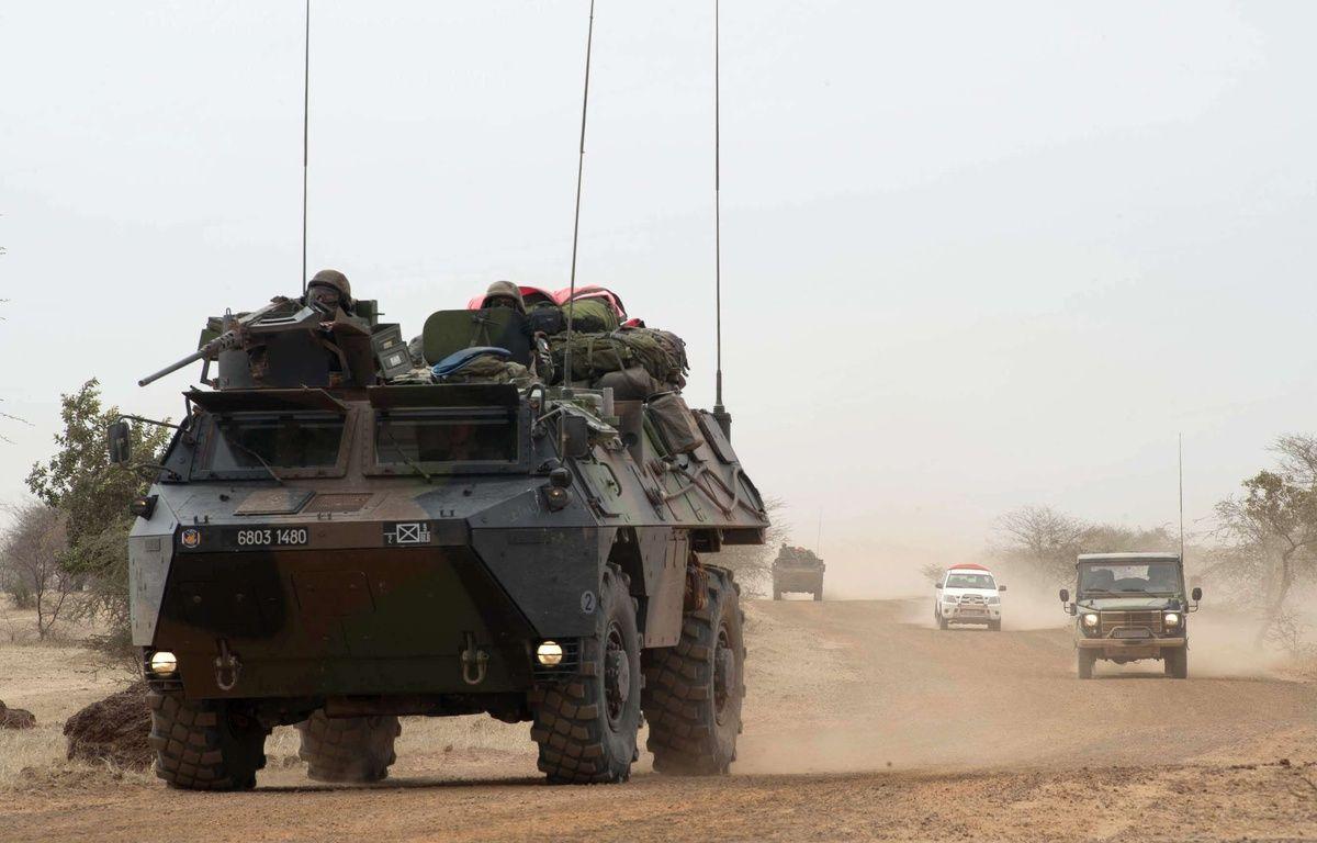 Un véhicule blindé de l'armée française dans la ville malienne de Tombouctou, le 29 janvier 2013 – : ARNAUD ROINE/ECPAD/SIPA