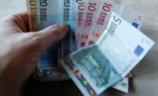Illustration de billets d'Euros. Lyon, le 29 décembre 2012. CYRIL VILLEMAIN/20 MINUTES