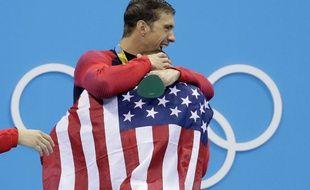 Michael Phelps après la victoire sur le 4x100 à Rio
