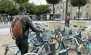 Neuf cents vélos sont disponibles.